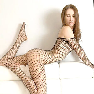 Get to know sex orders Frankfurt with beginner model Laly for house, hotel or office service at Agency Frankfurt
