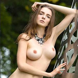 Alisija Edel Prostitute With Thick Boobs Seeks Sex Relationship Frankfurt am Main