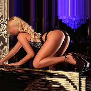 Hostesse Angelique Escort Agentur Ffm Sex Massage Striptease Service