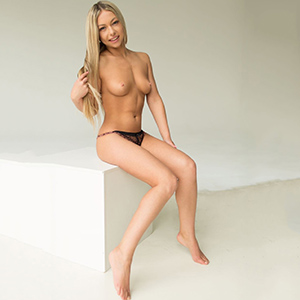 Escort Girl Bridget Seeks Sex Contacts Via Frankfurt Model Agency