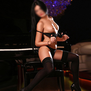 Escort Hure Beatrice in Frankfurt am Main zum Sex bestellen