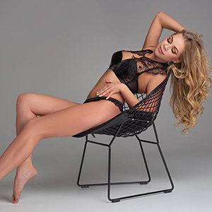 Frau sucht Mann in Frankfurt Luxus Frau Bunny Hot für Französisch bei Ihr Service über Escort Begleitung Sex treffen reservieren