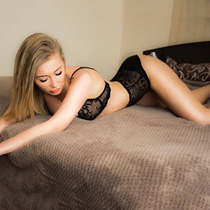 Carolina Frankfurt Escort Agency For Sex Orders With Elite Whores