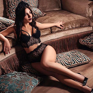 Escort Eboni Single Domina Frau sucht Mann in Münster für Sex Erotik