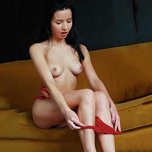 High Class Escort Model dünne Edina Haus Hotelbesuche Sex Vibratorspiele