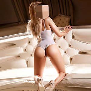 Supermodel Ellen With First Sex & Escorts Service For Private Models Frankfurt