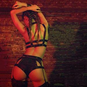Slim Hostess Gabi In Frankfurt Loves Sex With Facial Cum Offers Top Escort Service