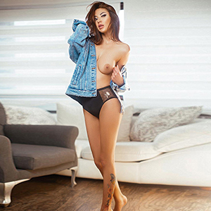 Jojo Asien In Frankfurt Beautiful Natural Escort Lady With Full Tits Nice Popping In Hotel House