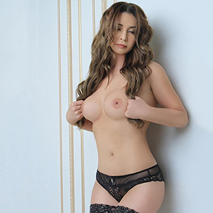 Escort Frankfurt Kitty Stern Is Looking For Sex Contacts With Men