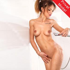 Melitta dünn & zierliche Escort Prostituierte Begleitservice in Frankfurt
