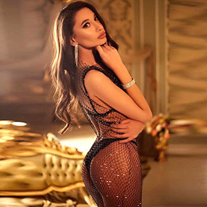 Multi-Faceted Escort Ladie Alina Hot In Alzenau FFM Loves Hotel House Calls For Intimate Occasions