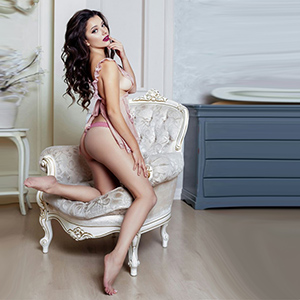 Nicky High Class Escort For Men With Erotic Claims In Frankfurt