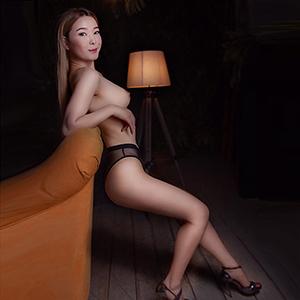 Escort Model Olivia Asien Frankfurt FFM Sex Callgirl Escortservice