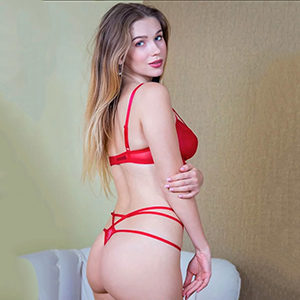Elite Escort Glamour Hure Rebecka sucht Sex im Apartment Frankfurt