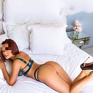 Rita reizende Escort Dame in Frankfurt liebt fremd gehen hat immer günstige Sex Angebote