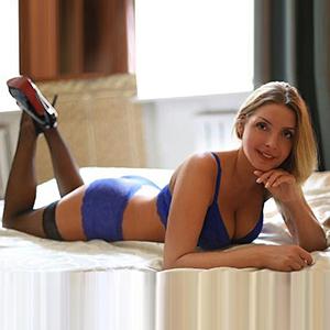 Escort Agentur FFM Sahra Sie sucht Ihn in Ihrer Freizeit für diskrete Sextreffen