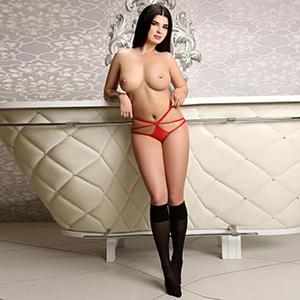 Tiffany hat riesen Möpse Sie sucht Sex in Escort Aschaffenburg (FFM) Agentur