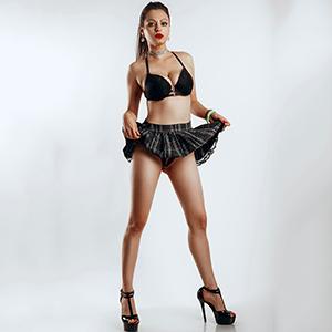 Escort Violetta Frankfurt am sucht Freizeitkontakte über Modelagentur